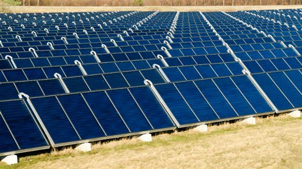 Solceller delvist betalt med topskat?